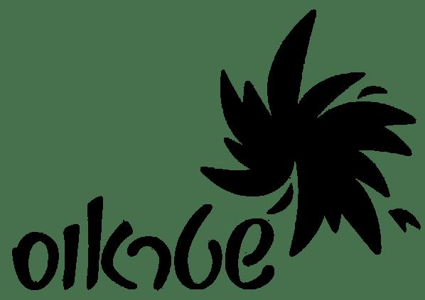 strauss-black-logo